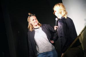 Helen och Sofia på scen